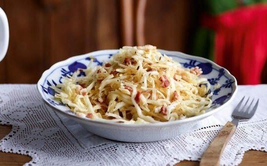 Krautsalat : recette de salade de chou blanc à l'allemande ; un grand classique