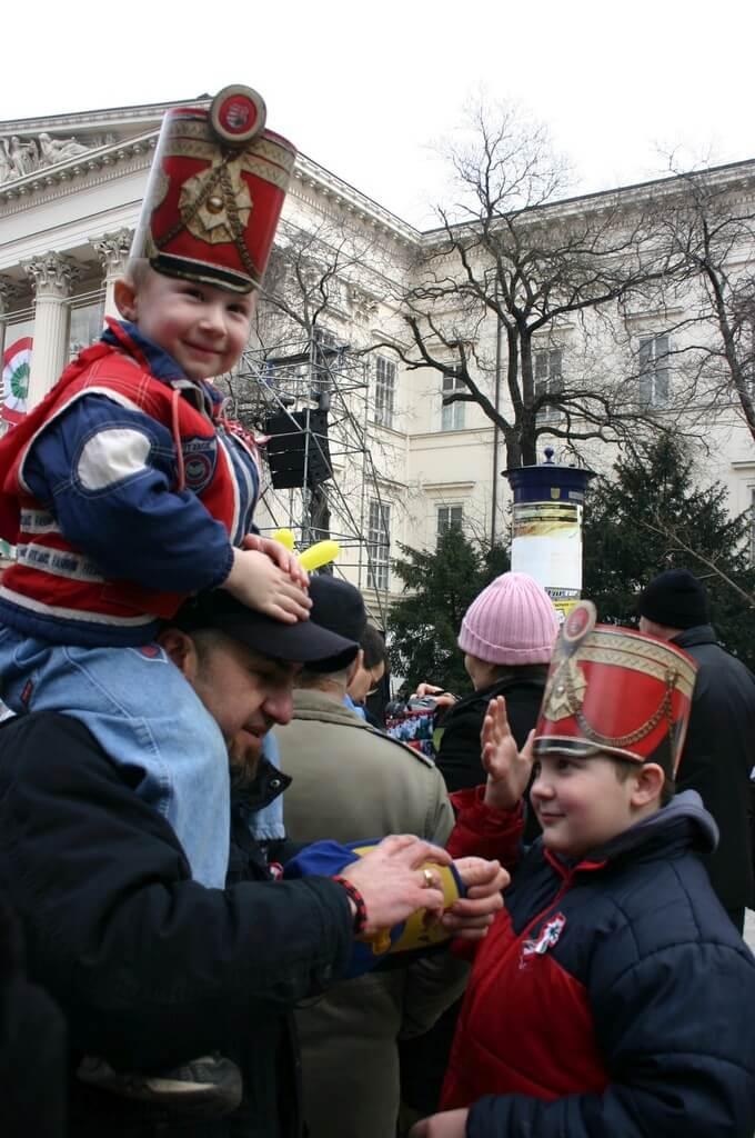 Chapeaux des petits hussards