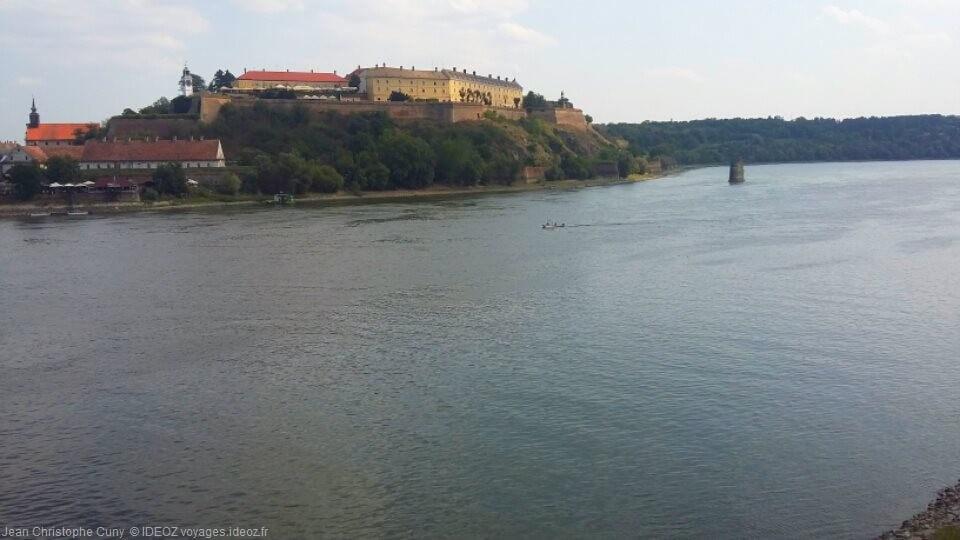 Petrovaradin gardienne du Danube en Voïvodine