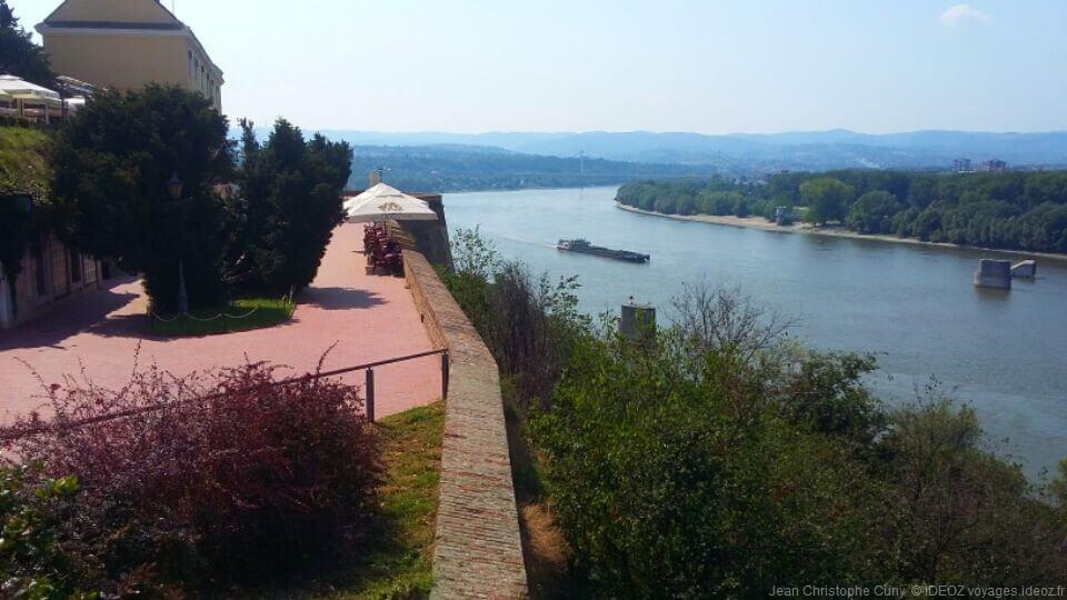 Point de vue sur le Danube depuis la forteresse de Petrovaradin