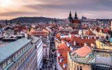 Prague surnommée la ville aux 100 clochers