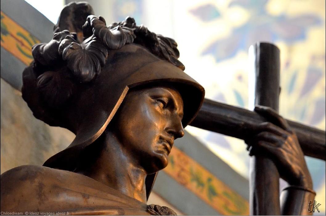 Belgrade statue de bronze
