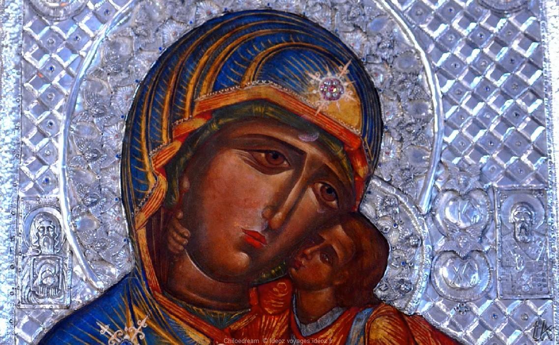 Icone de la vierge dans une église de Belgrade