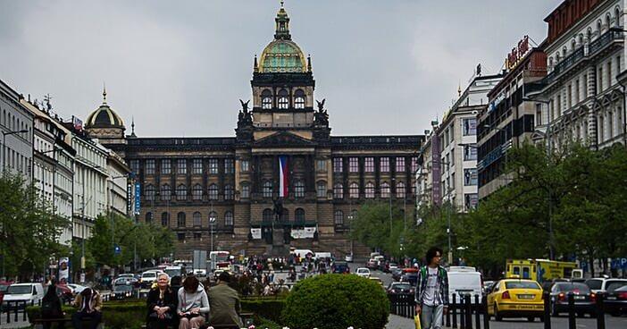 rencontres tjeckien Raccorder le panneau électrique