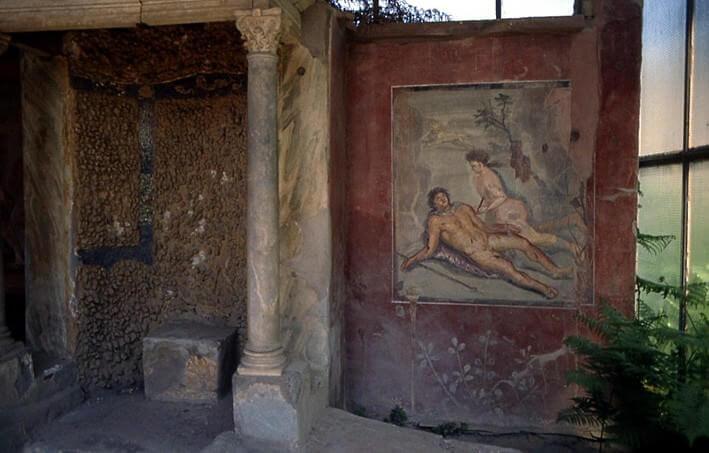 Pompei maison Tiburtina Pyrame et Thisbe nus