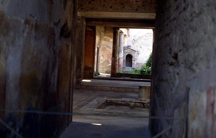 Pompei maison du poete Tragique