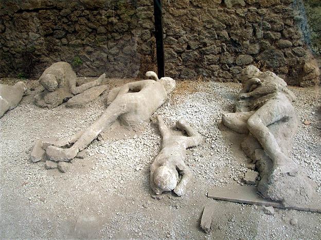 Pompei  moulages des corps