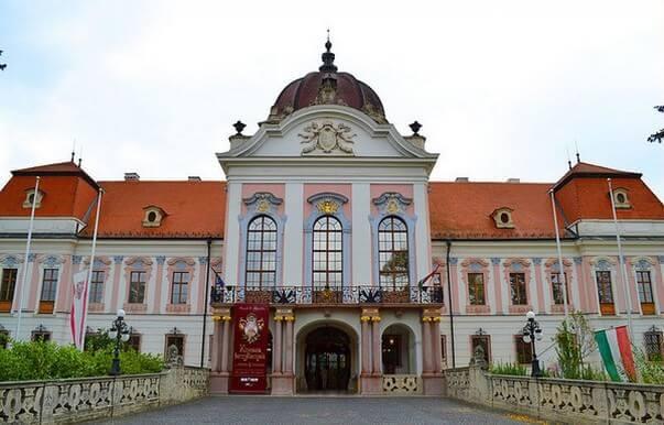 chateau de godollo en Hongrie Grassalkovich kastely