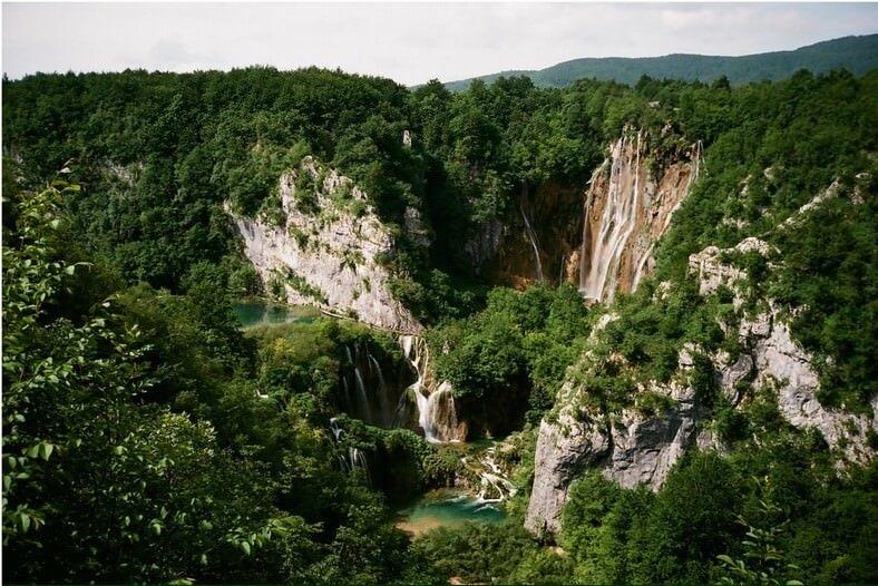 Chute géante depuis l'entrée 1 de Plitvice