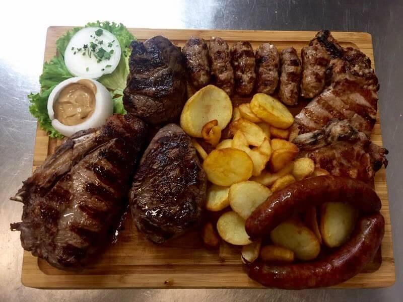 Zagreb konoba Pri zvoncu mix grill
