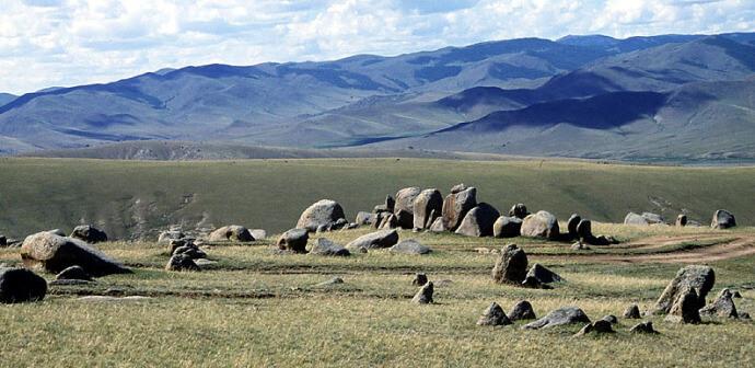 mongolie steppe montagnes