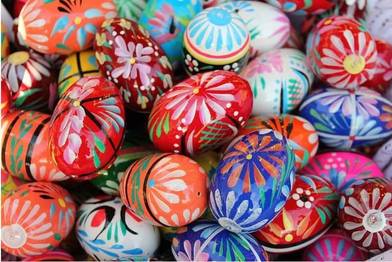 pisanki oeufs décorés de Pâques en Pologne