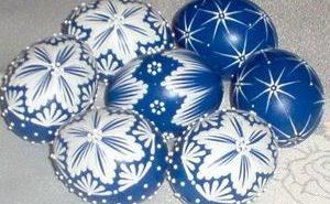 pisanki polonais bleus