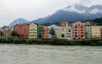 Innsbruck Maisons colorées sur l'Inn