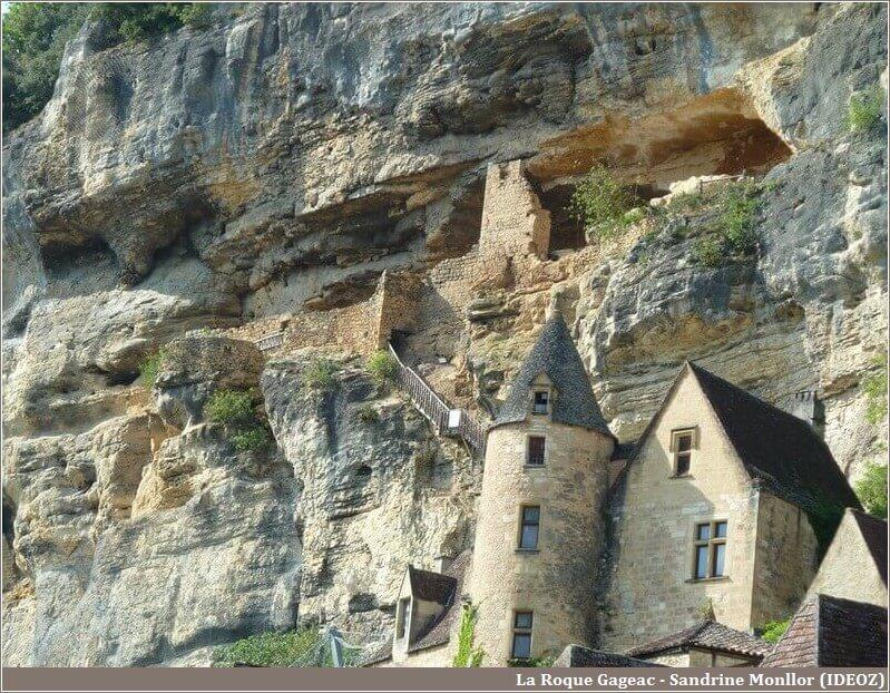 La Roque Gageac village à flanc de roche