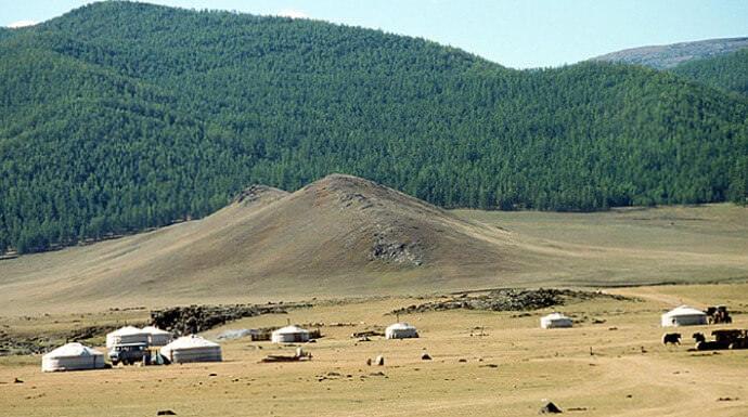 camp mongol près des chutes de l'orkhon