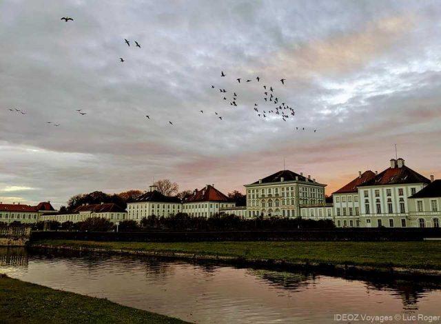palais de nymphenburg au crépuscule
