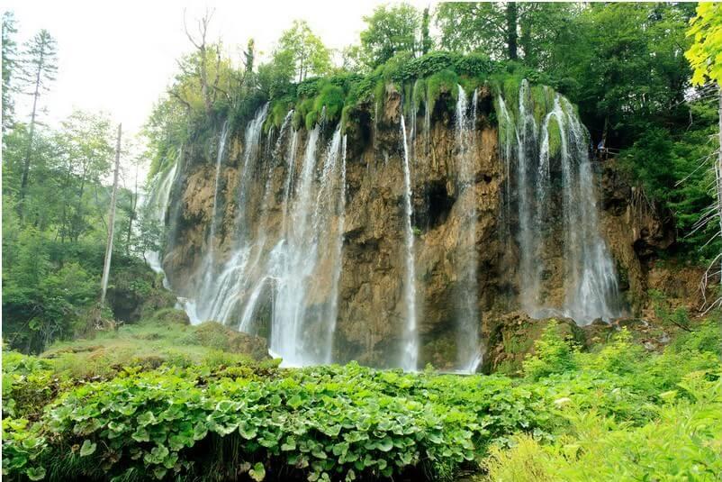 Chutes Veliki Prstavac près du lac Gradinsko