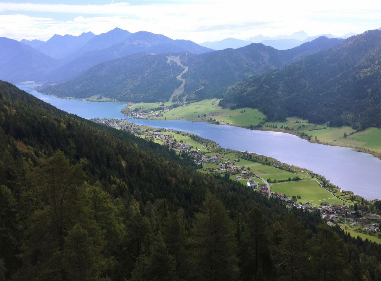 lac Weiseensee depuis les Alpes bavaroises