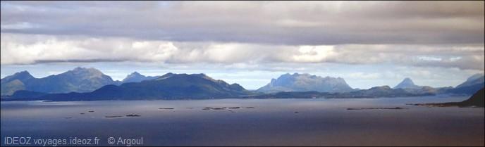 panorama marin des iles lofoten
