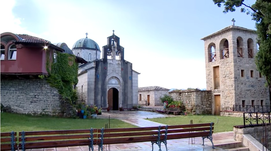 Monastère serbe orthodoxe Tvrdos près de Trebinje en republika srpska