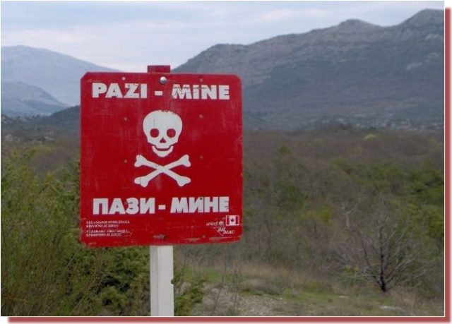 Panneau mines antipersonnel republika srpska bosnie herzégovine