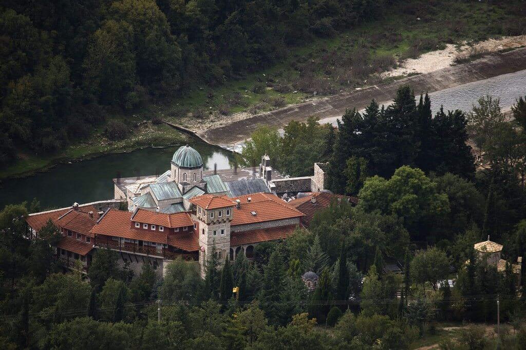Tvrdos Monastère serbe orthodoxe en république serbe de Bosnie