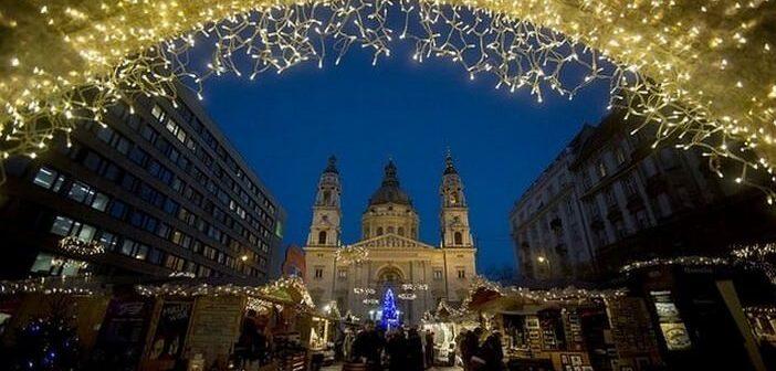 Marchés de Noël à Budapest : quels sont les plus incontournables?
