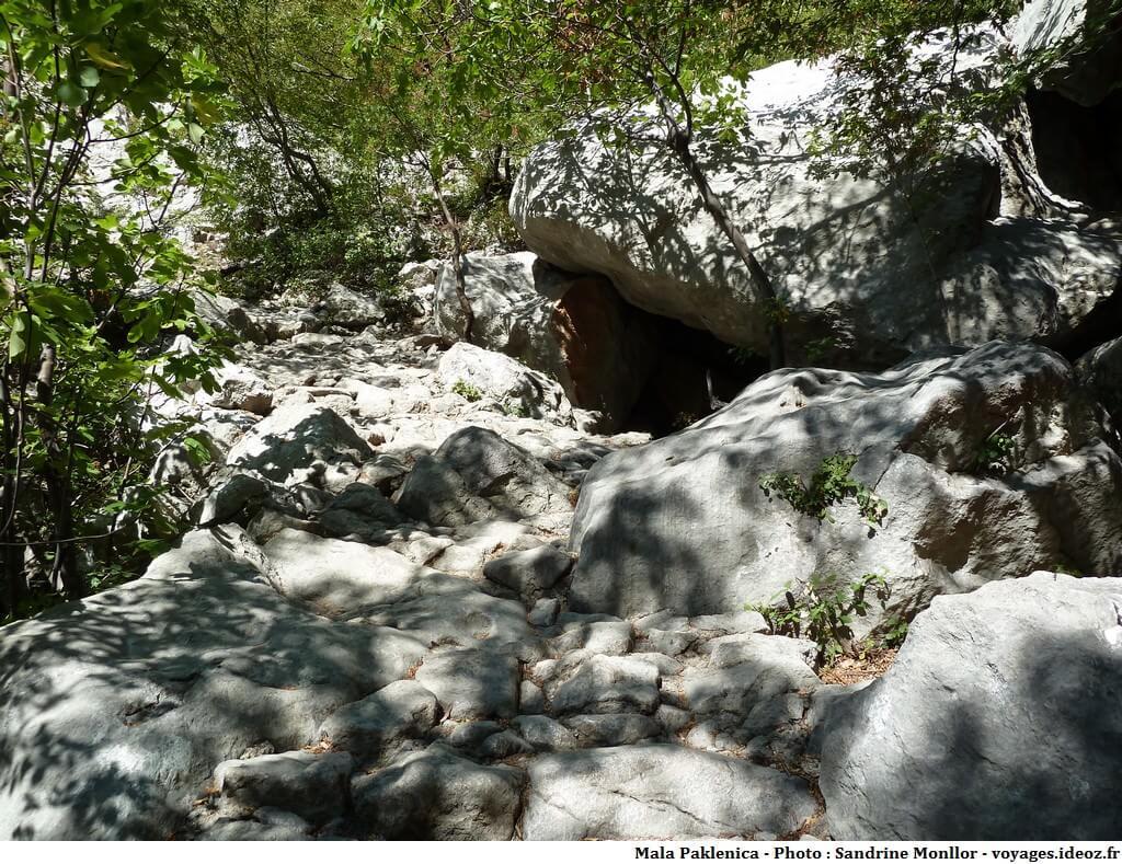 Parc national Paklenica ; randonnée en montagne et panorama d'exception! 9