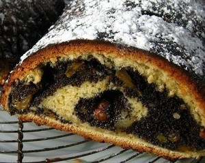 gateau roulé croate au pavot