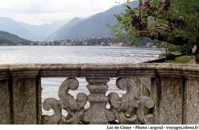 laggo di Coma depuis un balcon d'une villa