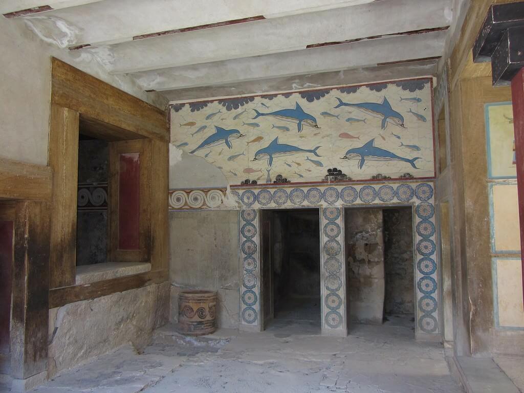 Cnossos Mosaique de dauphins au palais de Minos