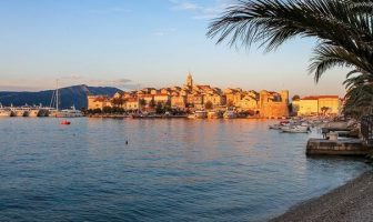 Korcula ville fortifiée en Dalmatie centrale