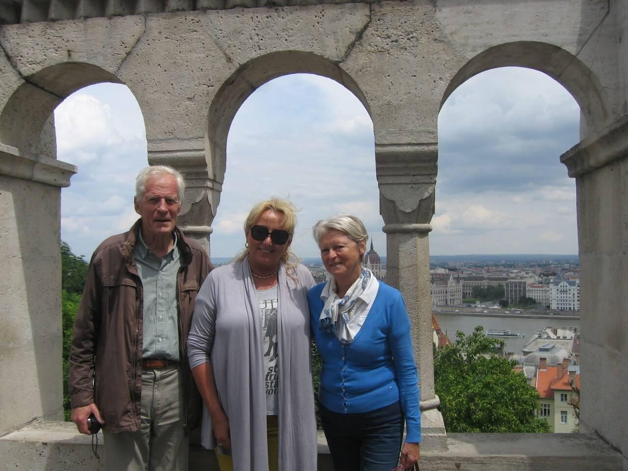 Ditta Kausay en visite guidée à Budapest