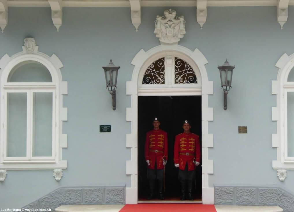 Cetinje résidence des présidents du Montenegro au Palais bleu Plavi Dvorac