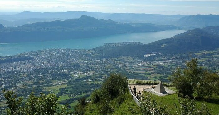 Découvrir le Lac du Bourget et Aix les Bains à la fin de l'été ; entre détente et visites culturelles