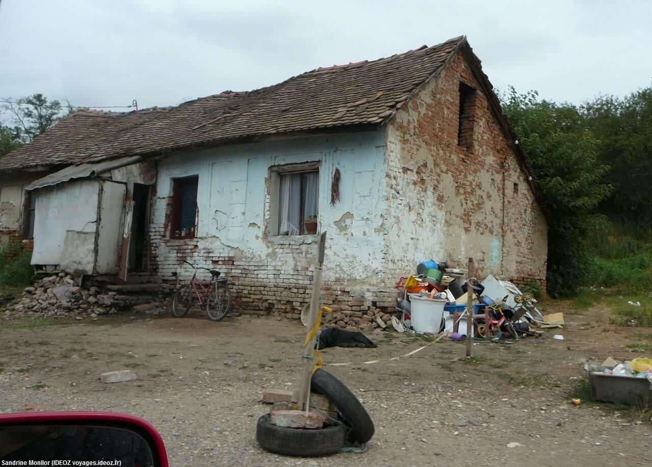 Maison tsigane en Serbie centrale