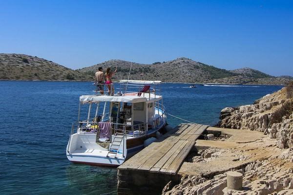Bateau Ivan dans les îles Kornati