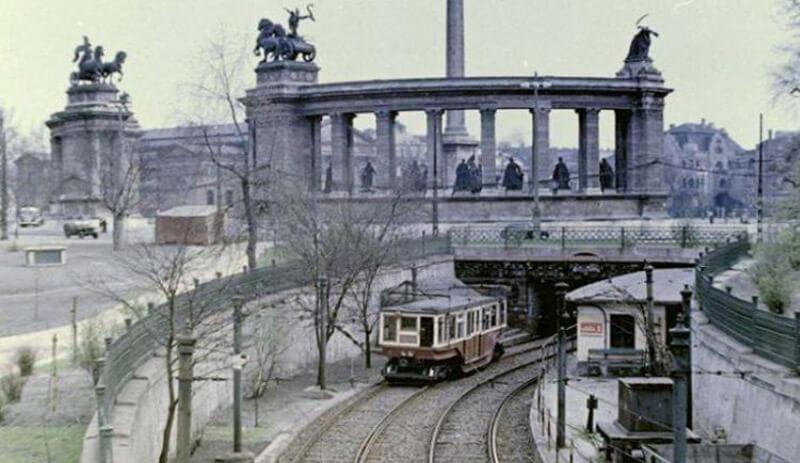 Budapest métro du millenaire à la place des Heros en 1930