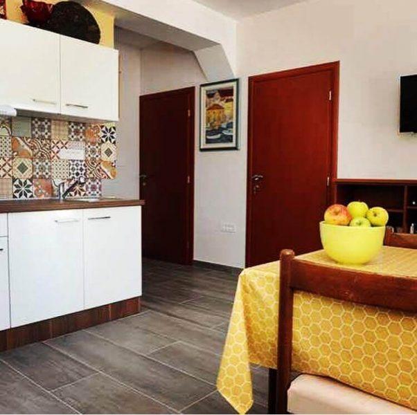 Cuisine à villa Mélanie Stasevica (1)