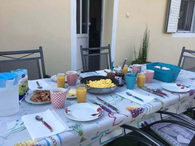 Petit déjeuner location vacances Stasevica