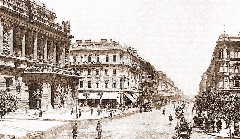 avenue Andrassy à Budapest en 1896