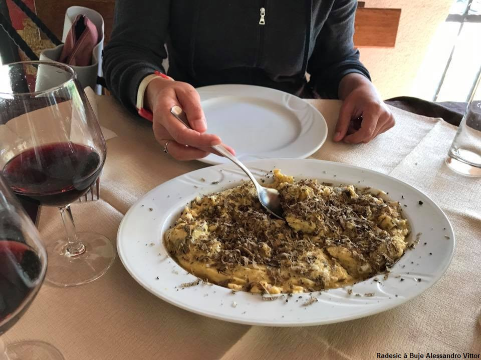 Agrotourisme Radesic Buje plat de pâtes d'Istrie
