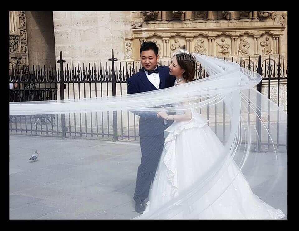 Coulisse de la séance de photos des mariés chinois à Paris