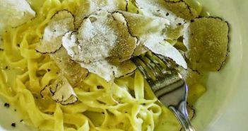 Fuzi istriennes tagliatelles à la truffe blanche d'Istrie