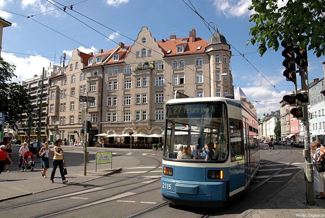 Munich Schwabing - Kurfürstenplatz - Tram 27