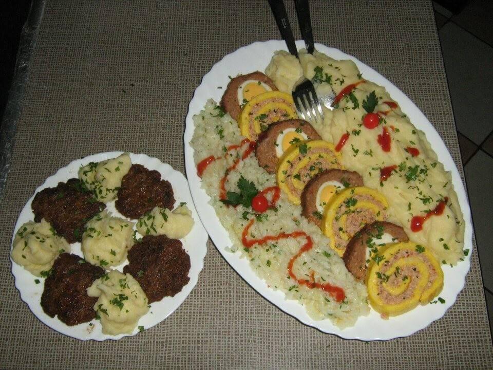 Repas chez la famille Lackovic à Bilje pain