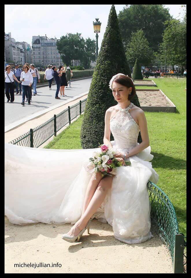 Séance photo d'une jeune mariée chinoise à Paris