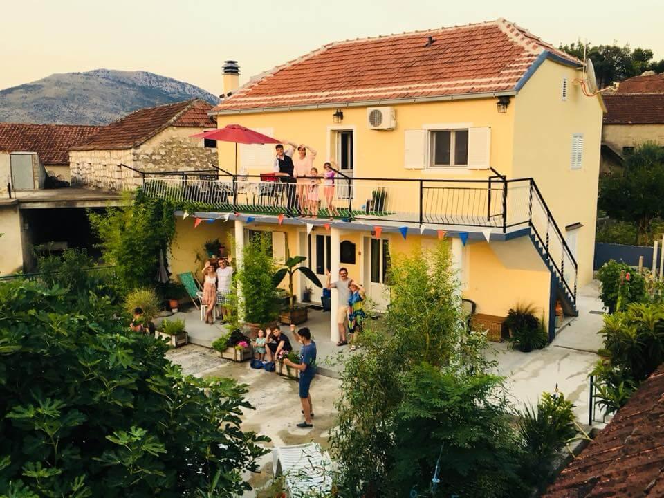 Villa Mélanie chez Mélanie et Antonio couple franco croate en Dalmatie