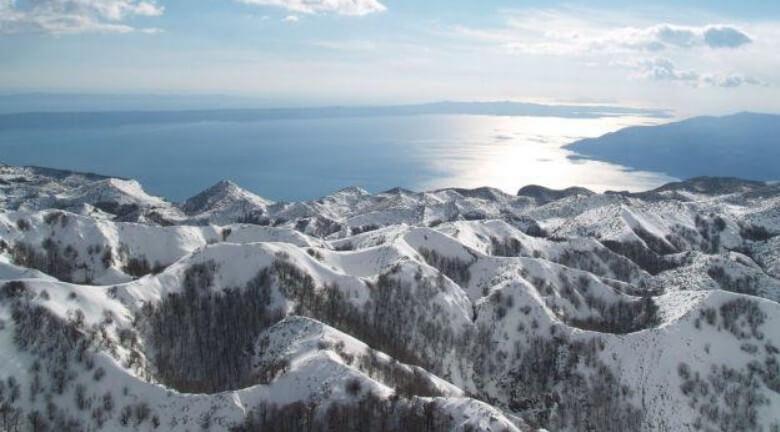 Massif de Biokovo ; paysages époustouflants sur la Via Dinarica en Dalmatie centrale 2